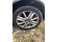 Renault megane 2. Set of 4 17 inch alloys all with excellent tyres off a 55 plate megane.