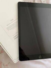 Apple iPad 6th generation WiFi +cellular 128gb