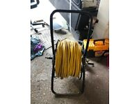 Reach and wash Window cleaning hose and reel