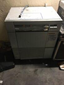Ice-o-matic N90L. Ice cube machine.