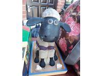 Shaun the Sheep - nodding ornament.