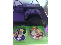 Xbox one with 2 joypads and 2 games