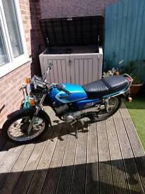 Yamaha RXS 100 project bike