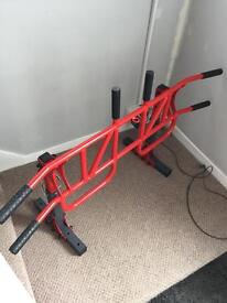 Wall mounted pull up bar (Brand new)