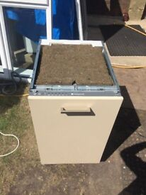 **HOTPOINT**INTEGRATED**SLIM LINE DISHWASHER*45CM**ENERGY RATING: A**COLLECTION\DELIVERY**NO OFFERS*