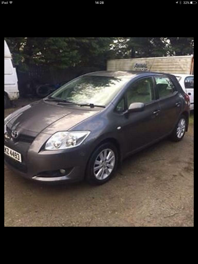 2009 Toyota auris parts breaking