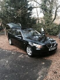 Immaculate BMW 530i touring in black