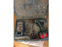 Full set up drill makita 14.4V