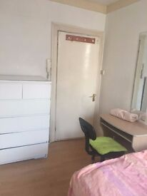 1 MONTH ROOM RENT IN PADDINGTON SHORT LETS