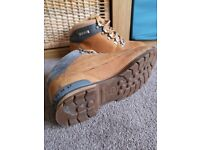 Timberland boots shoes size 8.5M