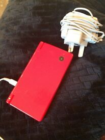 Red Nintendo DSI FOR SALE + CHARGER - GOOD CONDITION