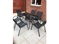 Garden furniture, good condition, 6 Chairs, glass top table
