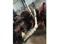 Loader brackets and rams