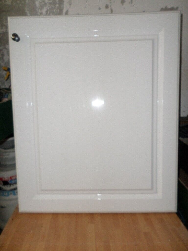 3no White High Gloss Kitchen Cupboard Doors In Good Condition Croydon London Gumtree