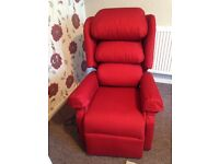 Lift and recline electric cosi chair