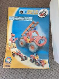 Build and play meccano