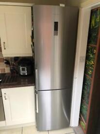 Kenwood fridge freezer