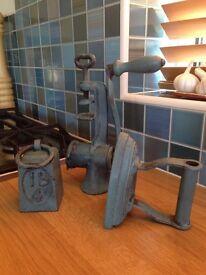 Vintage - Cast Iron Kitchenalia