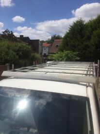 VW Lwb roof rack with front spoiler for noise reduction