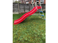 Toys r us Slide wavy 6ft good condition
