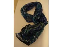Ladies patterned scarf