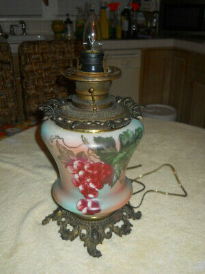 ANTIQUE GWTW OIL PARLOR LAMP BASE CONVERT ELECTRIC NO GLOBE HAND PAINTED GRAPES ()