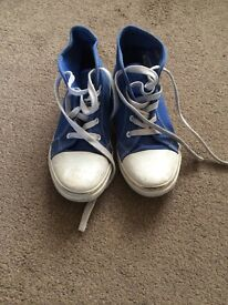 Girls size 2 trainers