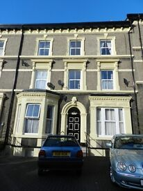 Self contained flat in a quiet house in Hunters Lane Wavertree