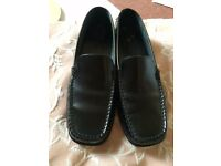 Tod's Black Leather sole casual loafers in brushed calf size 37 hardly worn