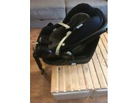 TW11 - Maxi Cosi i-Size Family Fix 2 Way 0+/1 Car Seat Base Isofix Pebble Pearl