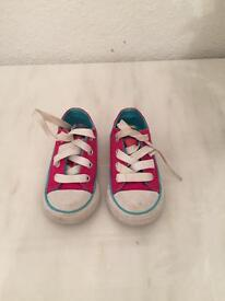 Toddlers Converse All Stars size 5