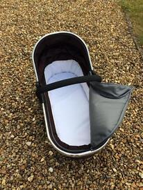 ICandy Peach carrycot and base