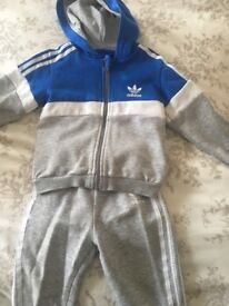 Tracksuit 12-18 months