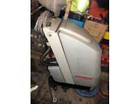 Comac floor scrubber/dryer