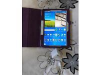 Samsung galaxy tab 4 10 .1inch with power supply case & 64GB micro SD cars