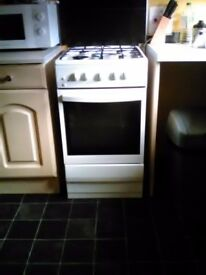 Cooker washing machine and fridgefreezer