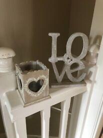 Tealight holder & Love sign.