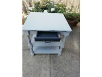 Shabby chic table/TV stand