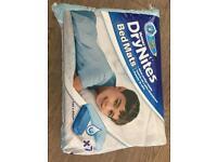 Huggies Dry Nite Mats