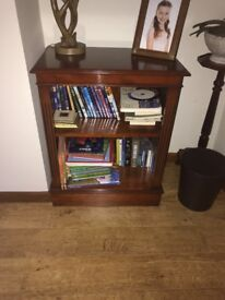 Quality Mahogany Shelve Unit