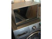 Excellent condition breville microwave