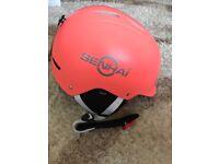 Safety ski/snowboard/watersport/climbing helmet 58-61cm