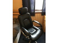 *GOOD CONDITION* Personal Desk Chair