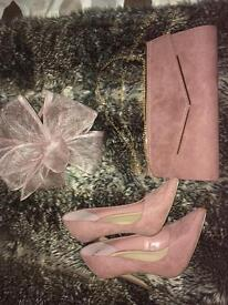 Size 6 Heels and matching bag + fascinator (blush pink)