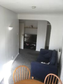2 double rooms in first floor flat off Kingston Hill
