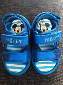 Mickey Mouse sandles infant 5