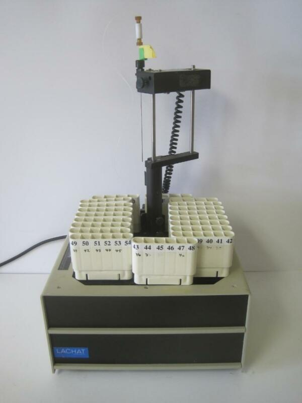 LACHAT AUTOSAMPLER SHLR 1120-002 LABORATORY EQUIPMENT LAB W/ 6 SPOT TUBE RACKS