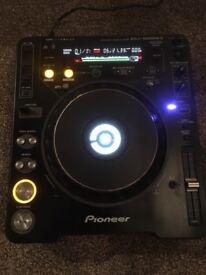 Pioneer CDJ 1000 MK3 Pair - Excellent Condition
