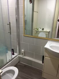 cheap double room to let