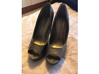 Gold/Bronze high heels size 5